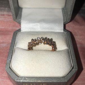 Rose gold flower Pandora ring